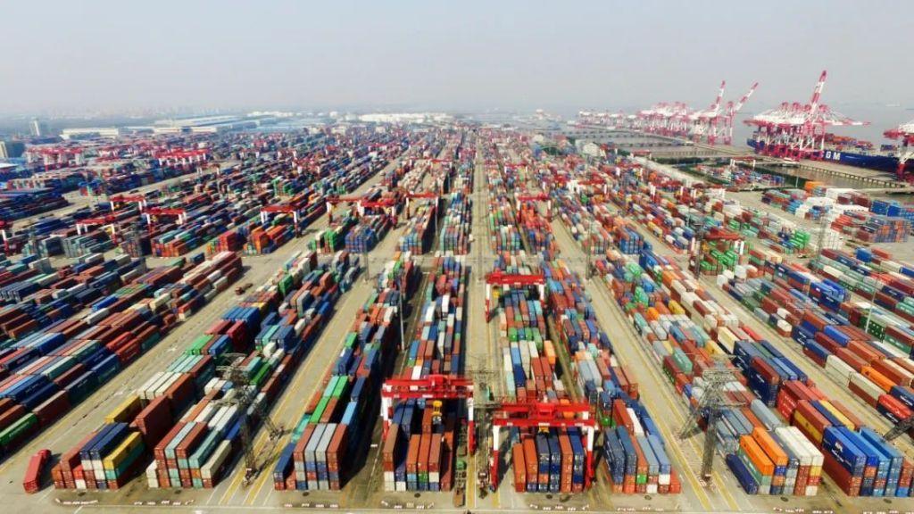 上海自贸区的航拍照片.jpg